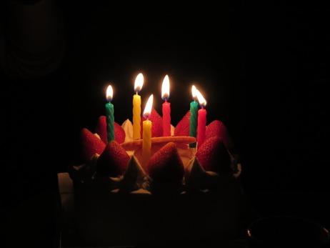 birthday-candles-579117_960_720.jpg